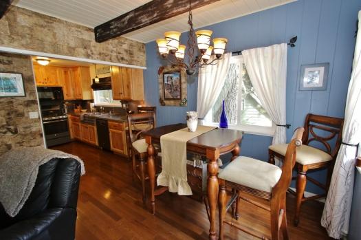015_Dining Area