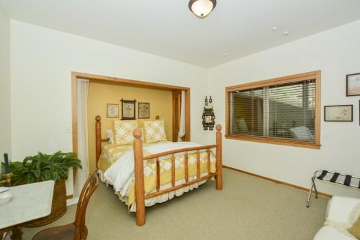 022_Bedroom2