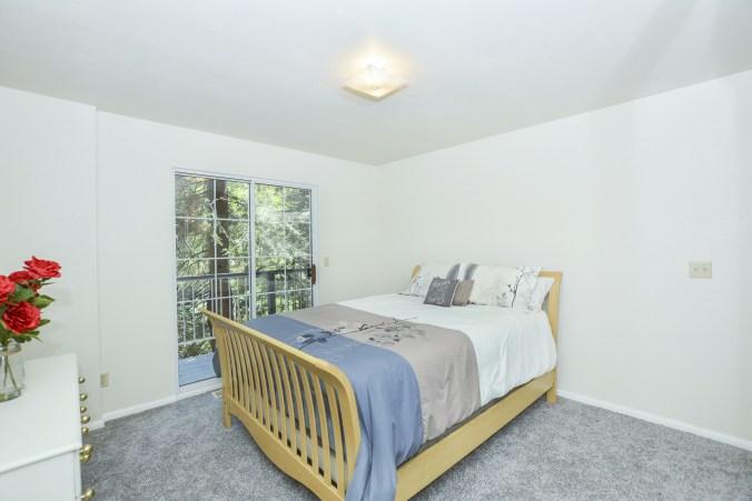 020_bedroom-2